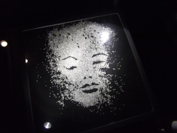 real-tiny-diamonds-on-display